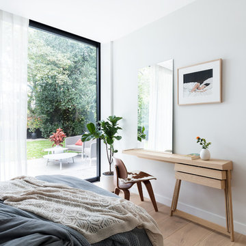 Modern New Home in Hampstead - Dressing Table