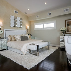 Contemporary Bedroom by ANASTASIA DESIGN GROUP