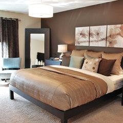 modern bedroom by Judith Balis