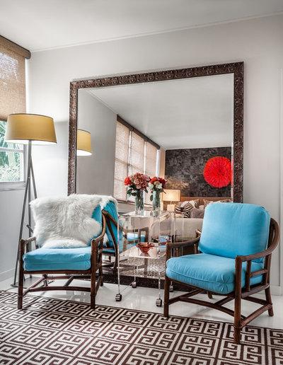 Современный Спальня by Lourdes Gabriela Interiors