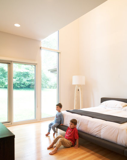 Modern Bedroom by Hufft Projects