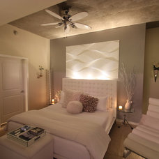 Modern Bedroom by Mauricio Nava Design
