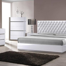 Vero - Modern White Tufted Headboard Bed Group - Features