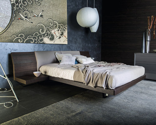 Bedroom modern bedroom idea in venice