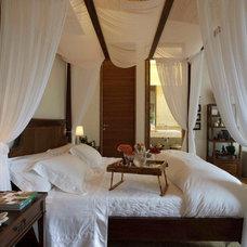 Mediterranean Bedroom by Eduarda Correa Arquitetura & Interiores