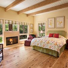 Traditional Bedroom by Giffin & Crane General Contractors, Inc.