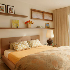 modern bedroom by Maienza-Wilson Interior Design + Architecture