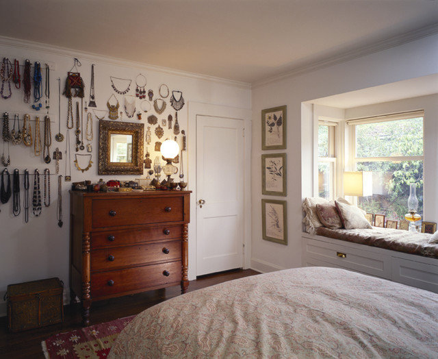 craftsman bedroom by Bosworth Hoedemaker
