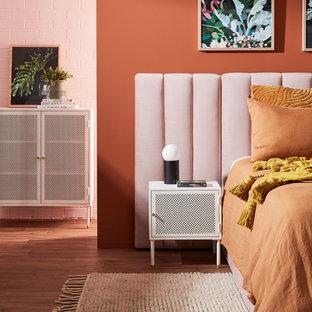Chambre avec un mur orange et un sol en vinyl : Photos et idées déco ...