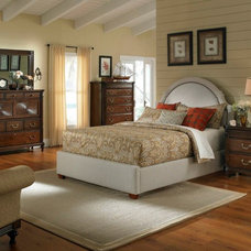 Traditional Bedroom by La-Z-Boy Home Furnishings & Décor of Arizona