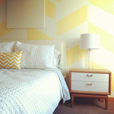 コンテンポラリー ベッドルーム by LRIDesign