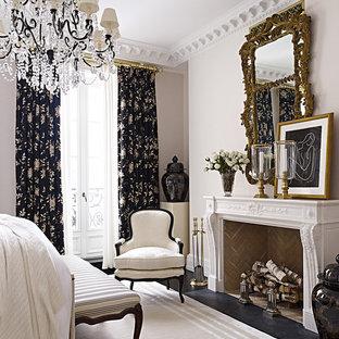 Camera da letto classica con pareti bianche - Design, Foto e Idee ...