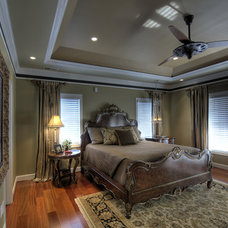 Traditional Bedroom by Moss Building and Design