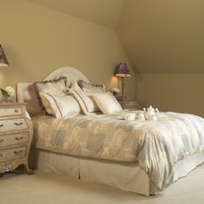 Traditional Bedroom by Maillot Homes