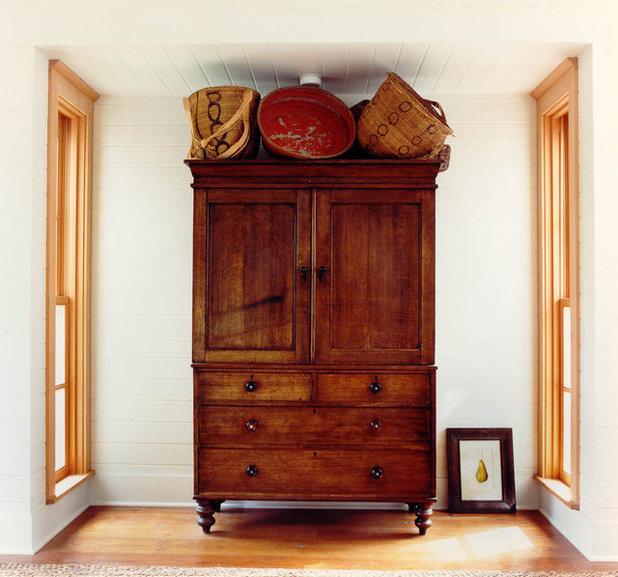 American Southwest Bedroom by Hoedemaker Pfeiffer