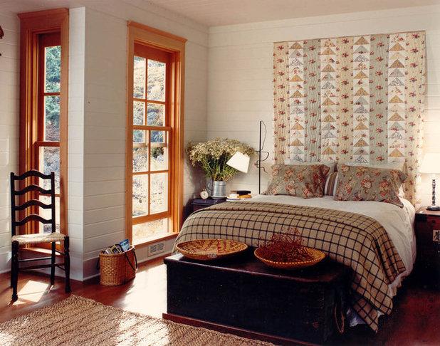 Rustic Bedroom by Hoedemaker Pfeiffer