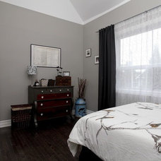 Traditional Bedroom by Realty Queen Toronto