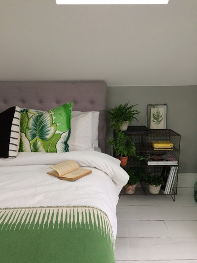 Contemporary Bedroom by Fallowgrey