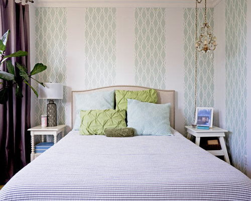Transitional Master Bedroom Photo In San Francisco With Multicolored Walls