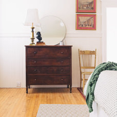 Midcentury Bedroom by Nanette Wong