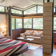 Midcentury Bedroom by Adrienne DeRosa
