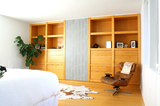 Midcentury Bedroom by Shannon Malone