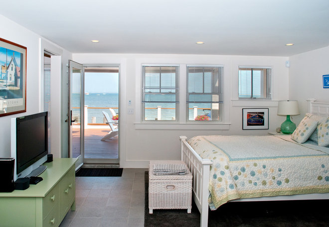 Beach Style Bedroom by Mary Prince