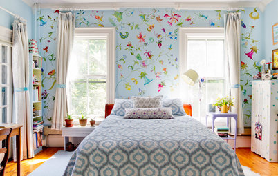 Are these walls hand painted or wallpaper for Crazy bedroom wall designs