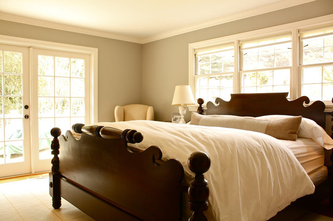 Traditional Bedroom by Shannon Malone