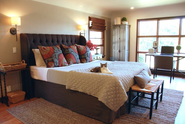 Ideal Traditional Bedroom by Bonnie McCarthy
