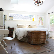 Beach Style Bedroom by Shannon Malone