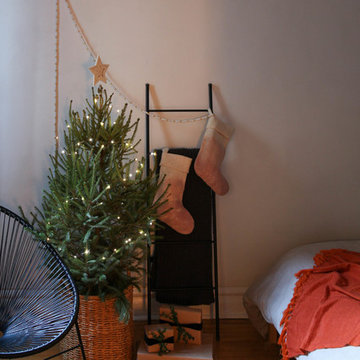 My Houzz: Holiday DIYs Add Cheer to a Chicago Apartment