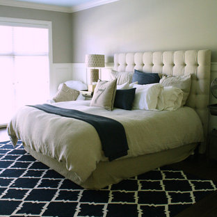 Bedroom - transitional bedroom idea in Tampa with beige walls