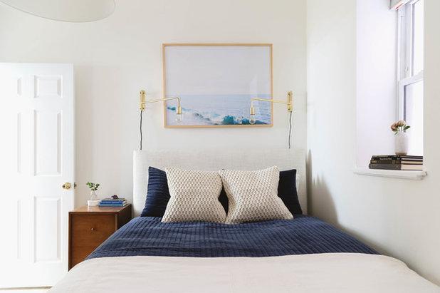 ビーチスタイル 寝室 by Rachel Loewen Photography