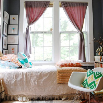 My Houzz: Mid-Century Modern Décor meets Bold Textiles in a Mississippi Home