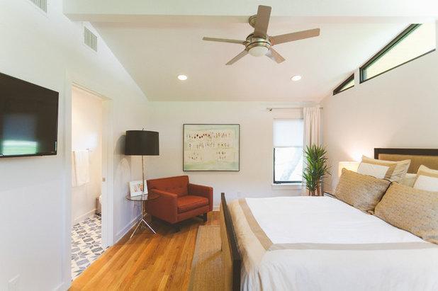 Midcentury Bedroom by Heather Banks