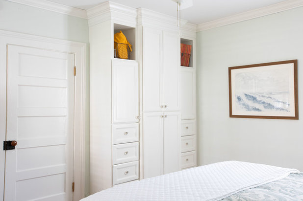 Traditional Bedroom by Margaret Wright Photography