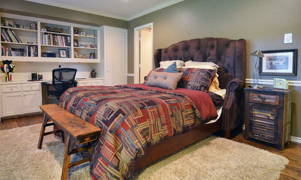 Traditional Bedroom by Sarah Greenman
