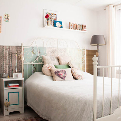 Cottage chic bedroom photo in Amsterdam with multicolored walls