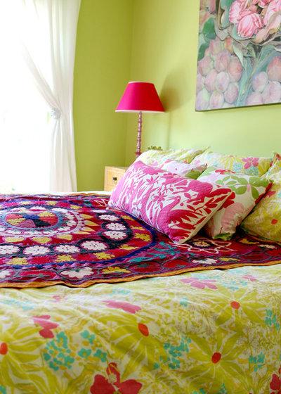 Ecléctico Dormitorio by Madison Modern Home