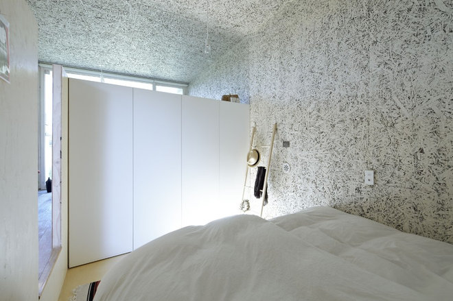 Modern Bedroom by no.555