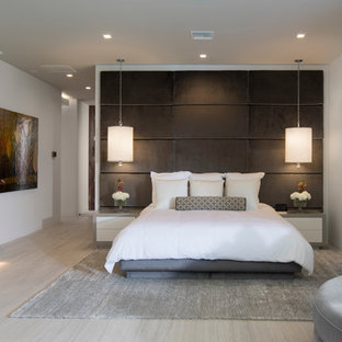 NAHB The New American Home 2017 - Contemporary Master Suite