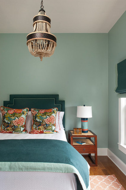 Beach Style Bedroom by Annsley Interiors