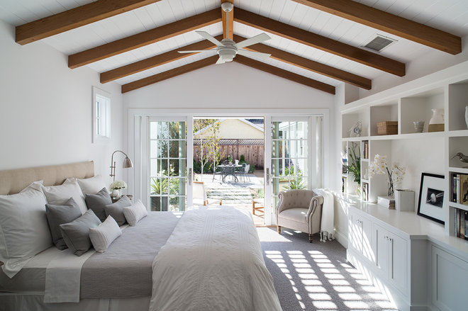 Farmhouse Bedroom by zero ten design