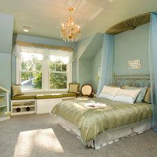 Traditional Bedroom by Siena Custom Builders, Inc.