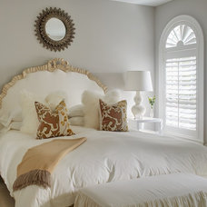 Traditional Bedroom by shelley morris interiors