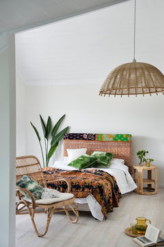 POLL: How many indoor plants would you put in your bedroom?