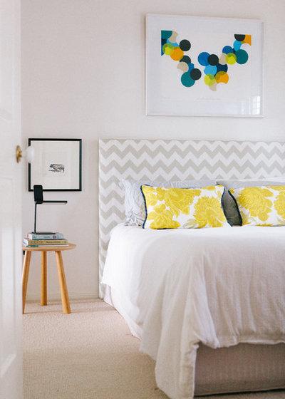 Clásico renovado Dormitorio by Claire Stevens Interior Design