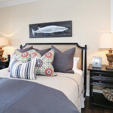 Beach Style Bedroom by Blackband Design