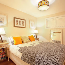 Transitional Bedroom by StepUP Constructions